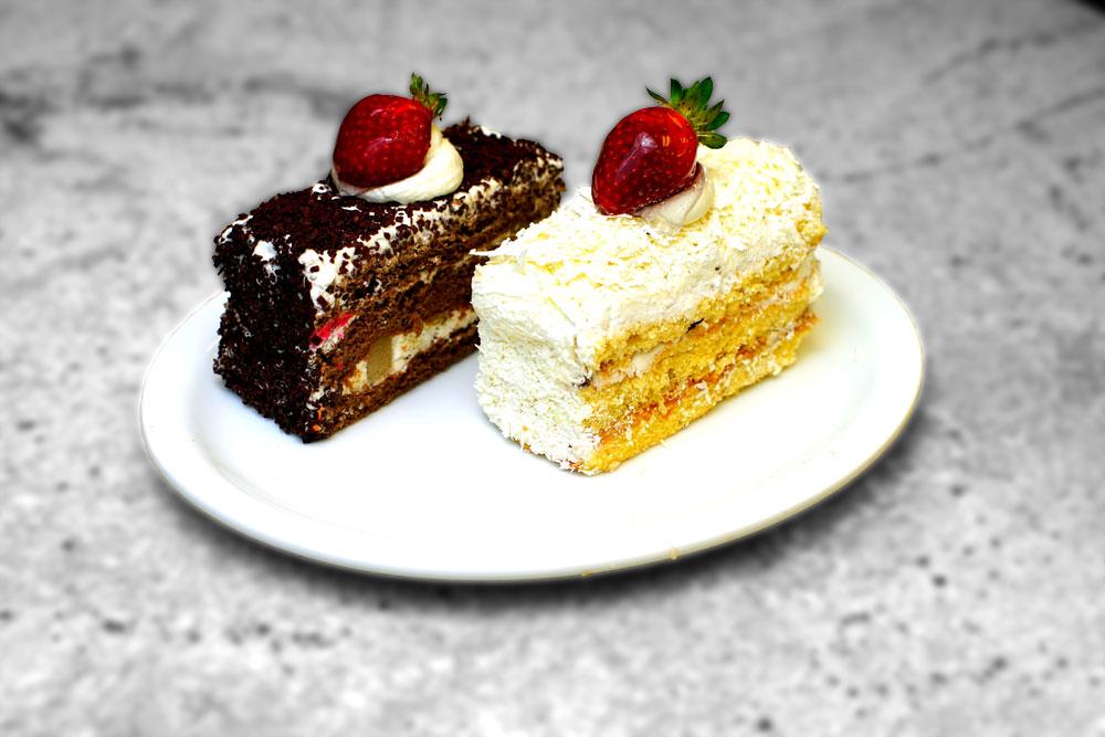 Birthday Cakes French